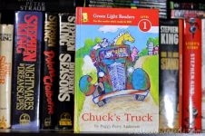 Chuck's Truck (Green Light Readers Level 1) by Peggy Perry Anderson